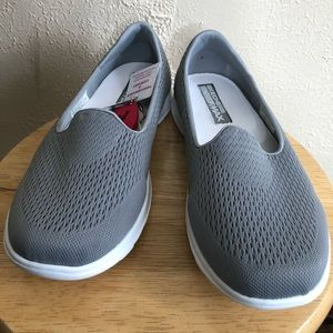 Sketchers Goga Max Slide On Sneakers Shoes